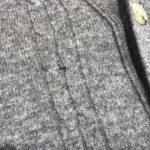セーター、カーディガンの虫穴修理